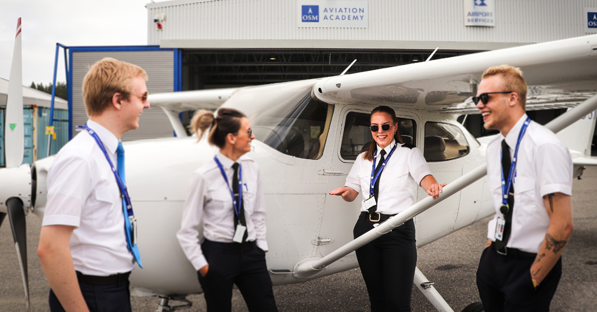 student-pilots-arendal-standing-next-to-cessna172-featured
