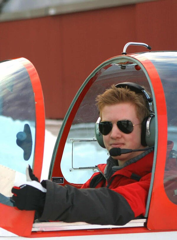 5 First Solo in the motor glider