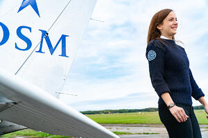OSM Aviation academy pilot student by aircraft