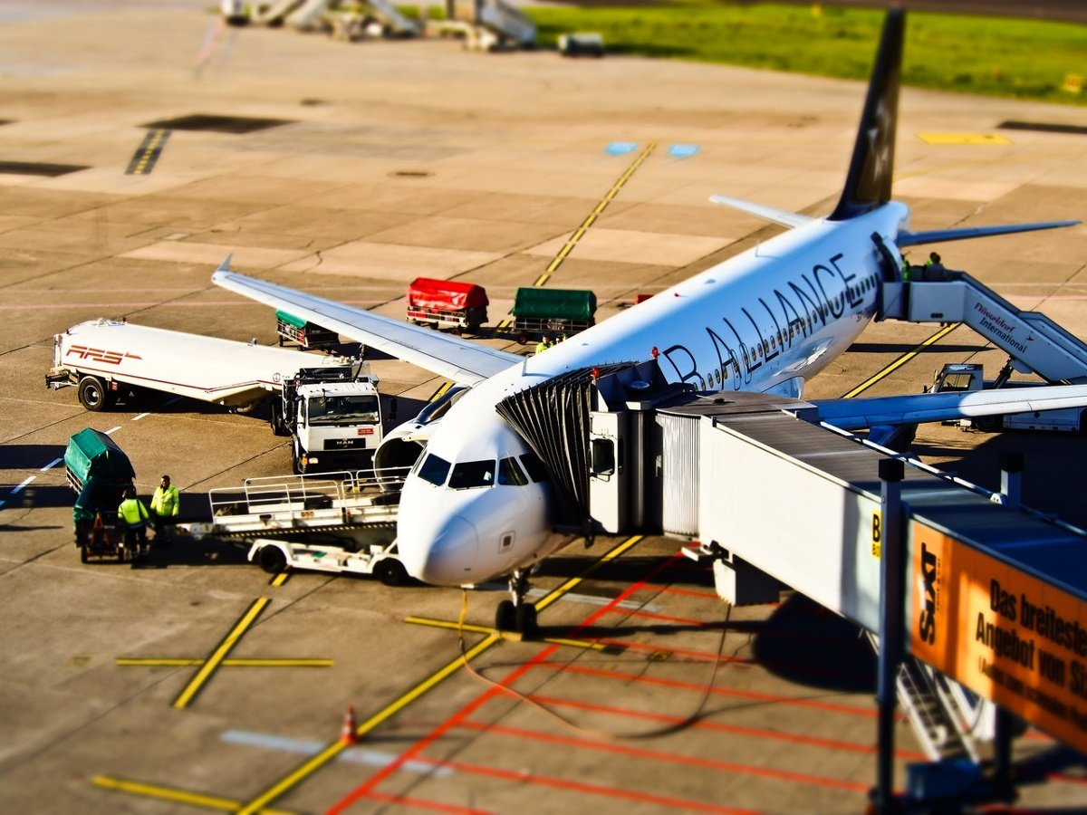 01. Aircraft at gate